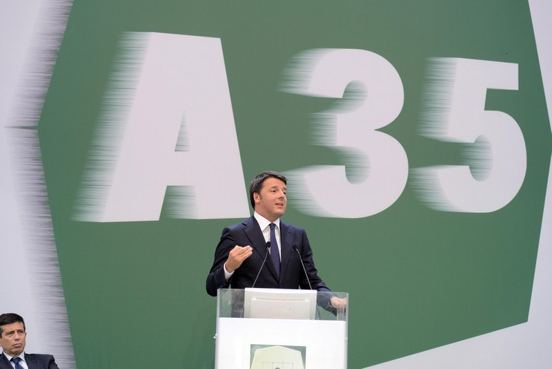 Matteo Renzi alla cerimonia di apertura della Brebemi