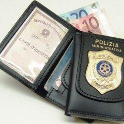 Finto poliziotto