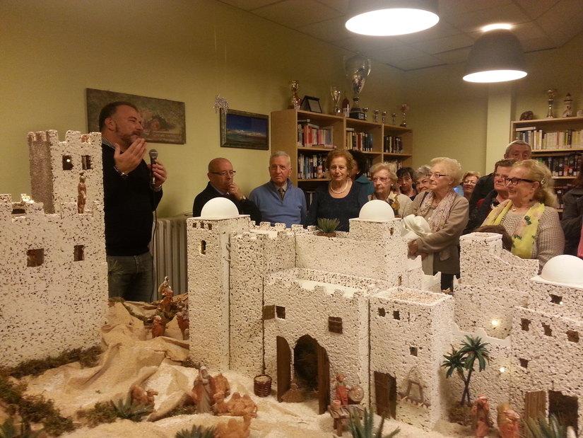 Il Sindaco di Segrate, Adriano Alessandrini, all'inaugurazione del Presepe