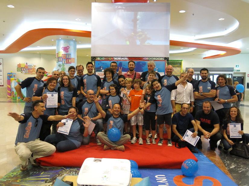 Il team di SeaSub alla consegna dei brevetti