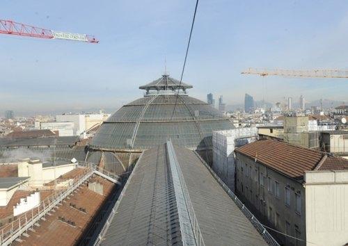 La passerella sul tetto della Galleria Vittorio Emanuele