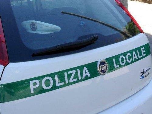 I fuggitivi sono al fin stati consegnati alla polizia locale
