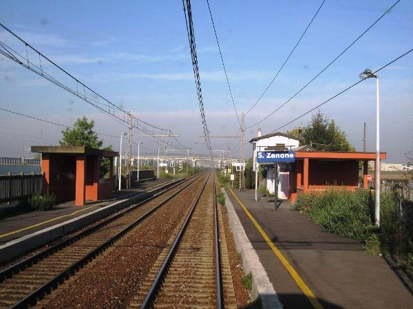 La stazione ferroviaria di San Zenone