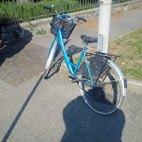 La bici della donna senza danni evidenti