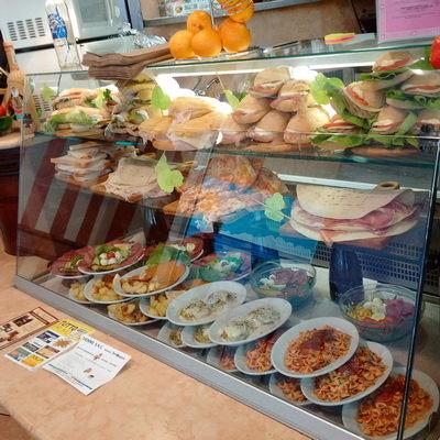 Gli sfiziosi piatti e i gustosi panini