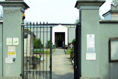 L'ingresso del cimitero di San Bovio