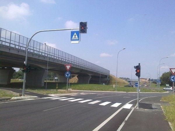 Il nuovo semaforo sulla Rivoltana