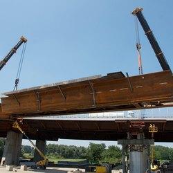 L'opera, lunga 700 metri e pesante complessivamente 5.000 tonnellate