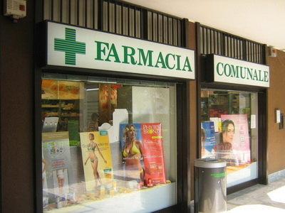La farmacia di via Dante