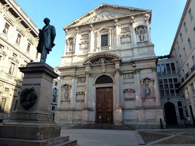 La Chiesa di San Fedele, nell'omonima piazza a Milano