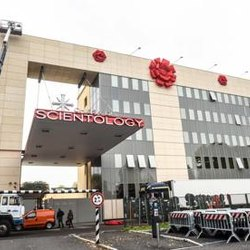 La sede di Scientology in via Fulvio Testi