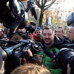 Matteo Salvini, nei pressi dell'Istituto Garofani a Rozzano