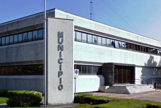 San Giuliano: agente di polizia locale aggredito in Municipio