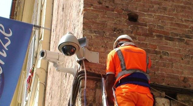 L'installazione di una telecamera di sicurezza d'avanguardia