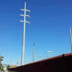 Un elettrodotto ferroviario