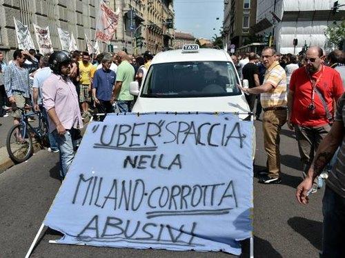 Una delle tante proteste indette contro Uber