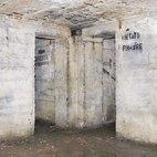 Una foto dell'interno del rifugio antiaereo
