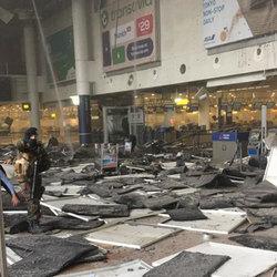 La hall delle partenze dell'aeroporto di Bruxelles