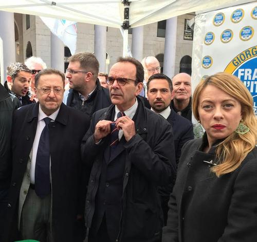 La conferenza stampa in piazza San carlo