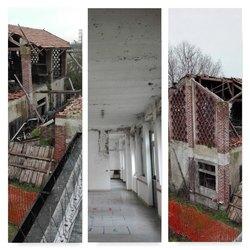 La cascina Lorini e l'ex scuola di via Pascoli a Linate