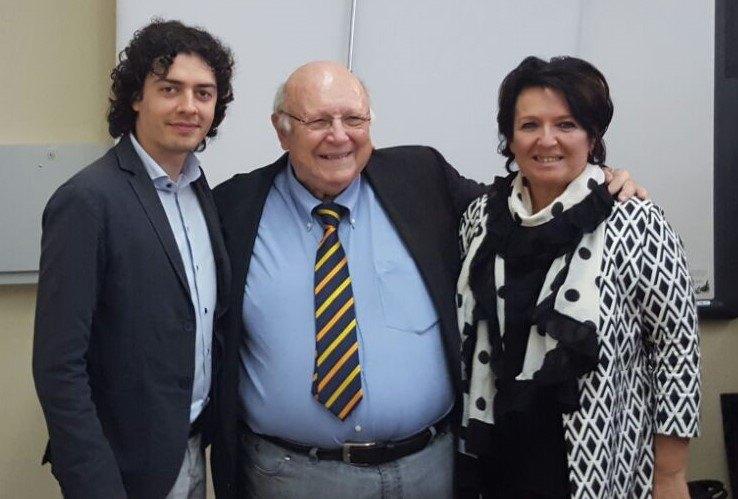 Il Presidente Galeone con due dei Candidati a Sindaco