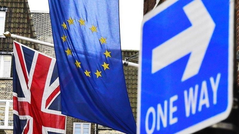 Brexit, i media britannici si dividono: Daily pro Leave, Guardian pro Remain