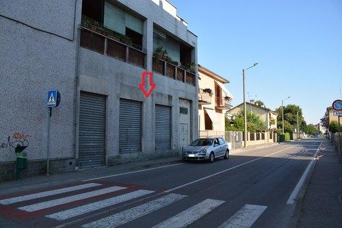 Lo spazio dove sorgerà la farmacia, in via Risorgimento numero 7