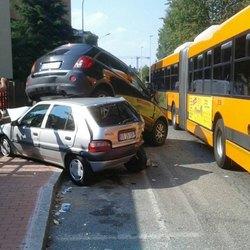 Il rocambolesco incidente di via Campoverde