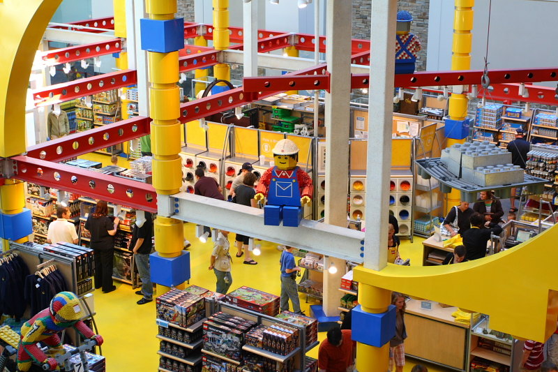 Lego operates 90 retail stores: 68 in the United States, 13 in the United Kingdom, 9 in Germany, 6 in Canada, 2 in France, 1 in Austria, 1 in Belgium, and 1 in Denmark. Lego stores are also part of Downtown Disney shopping complexes at Disneyland and Walt Disney World Resorts as well and in Mall of America in Bloomington, Minnesota.