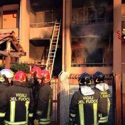 L'incendio appena domato a Mediglia