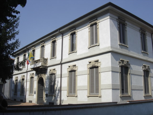 Il centro civico Calipari