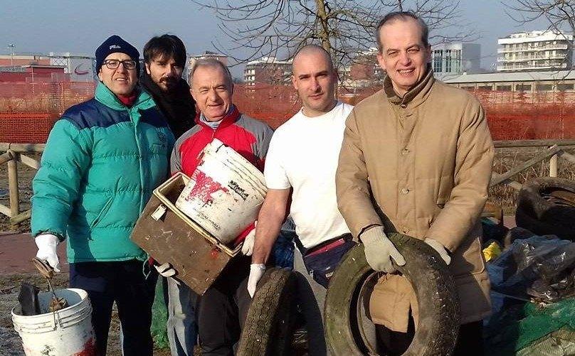 l gruppo di volontari che sabato 21 gennaio ha ripulito la campagna di Bellaria