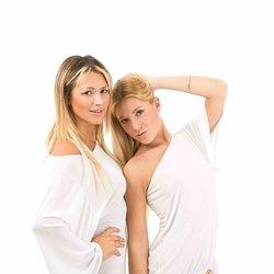 Da sinistra: la Dj Giulia Regain e Denise Micaela Spinelli