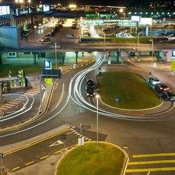 La zona in prossimità dell'ingresso all'aeroporto di Linate