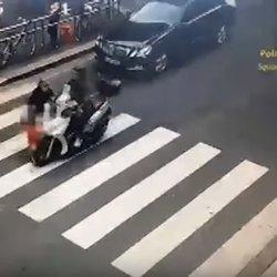 Il momento dell'incidente nelle immagini delle telecamere di sorveglianza