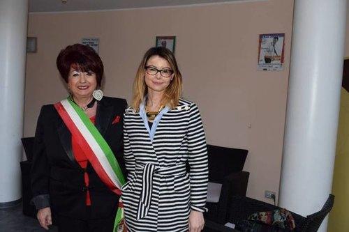 Raffaela Caputo con Lucia Annibali