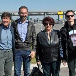 Gianni Morandi e Fabio Rovazzi con il sindaco di Melegnano, Vito Bellomo ed il suo vicesindaco, Raffaela Caputo