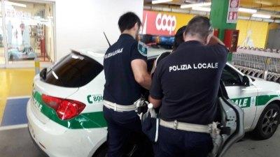 L'arresto del taccheggiatore