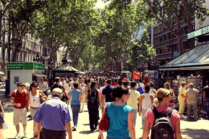 La Rambla a Barcellona nel periodo estivo