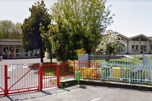 Il plesso scolastico di via Campania