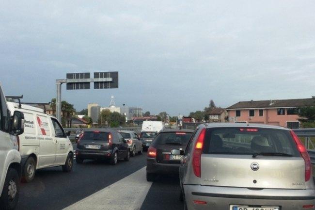 Traffico e incolonnamenti sulla Paullese, un dilemma quotidiano