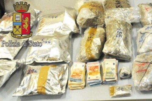 La droga sequestrata dalla Polizia a Zelo e San Giuliano