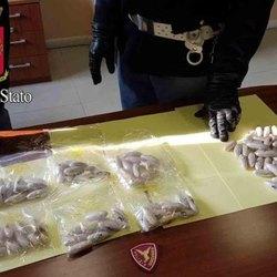I 60 ovuli di cocaina trasportati dal narcotrafficante