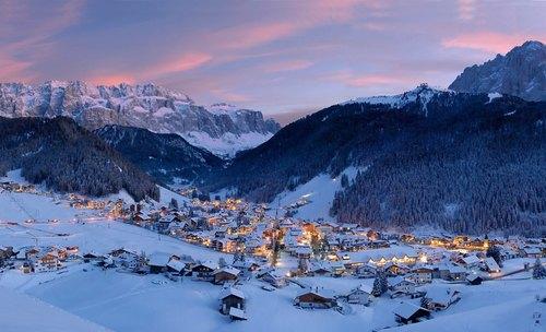 Nella foto, Selva di Val Gardena, in Trentino