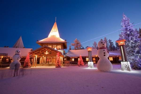 Lapponia Casa Di Babbo Natale Video.Ufficio Postale Di Babbo Natale A Rovaniemi In Lapponia Finding P7 De