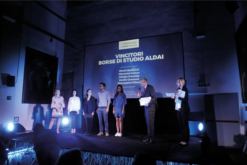 Un momento della premiazione dei vincitori delle Borse di studio ALDAI.