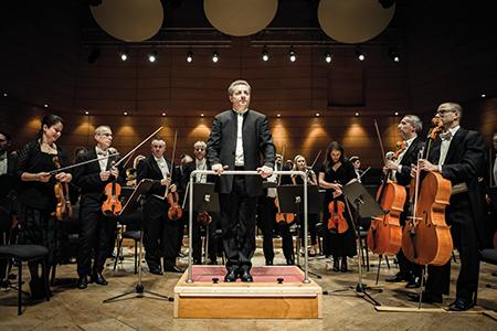 Pavel Berman e l'Orchestra ricevono i meritatissimi applausi.