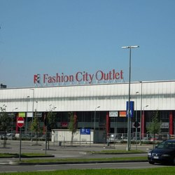 Il fashion City Outlet di Sesto Ulteriano