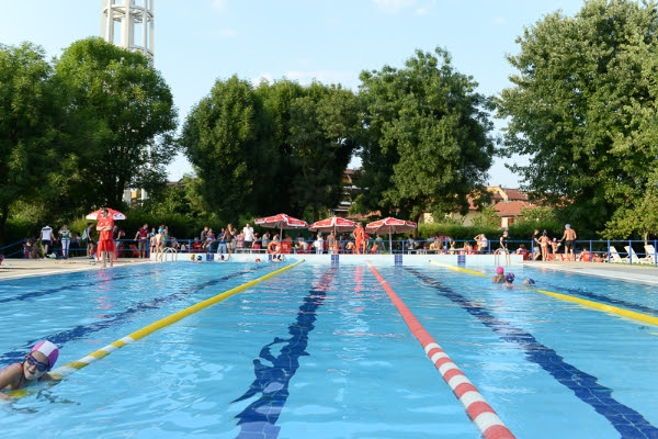 Peschiera borromeo apertura serale della piscina comunale - Piscina san giuliano milanese ...